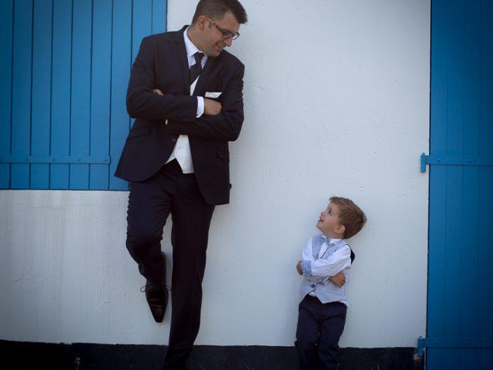 Moments de complicité père et enfant