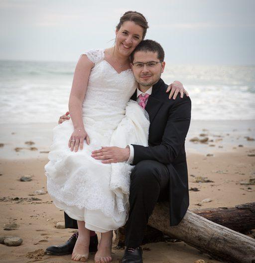 Carine et Nicolas - pose photo à la plage