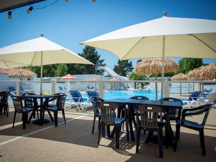 vue terrasse et piscine, villa campista, sg photographie